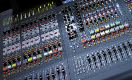 Digital mixing desks - Analogue, what is that?